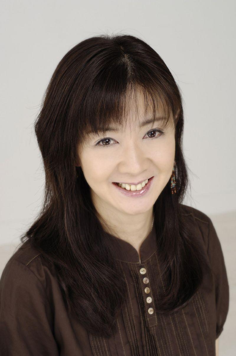 Compositrice, arrangeuse, chef d'orchestre et parolière japonaise
