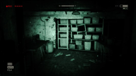 Outlast Whistleblower caméra infrarouge