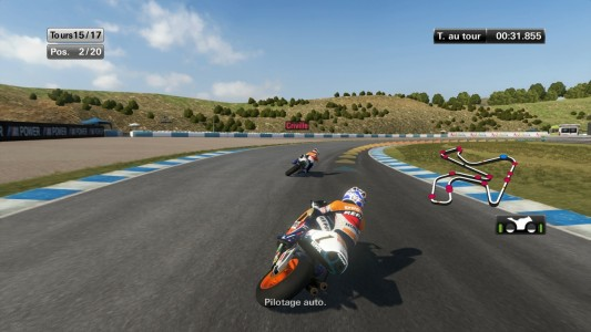 MotoGP 14 virage serré