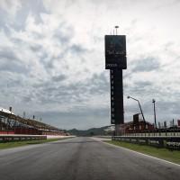 MotoGP 14 piste en goudron
