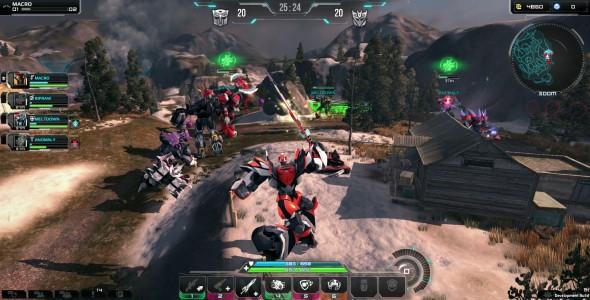 Transformers Universe Macro en action