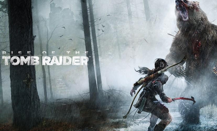 Lara face à un ours dans Rise of the Tomb Raider