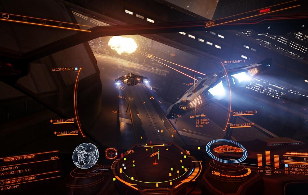 Poursuite de vaisseaux dans Elite Dangerous: Horizons