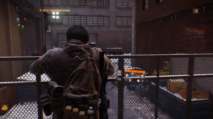 Tom Clancy's The Division escalade d'une grille