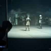 Noctis en mode furtif dans Final Fantasy XV
