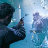 Quantum Break héros tire sur ennemi