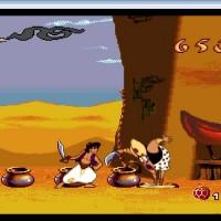 Aladdin devant un soldat perdant son pantalon et laissant apparaître son caleçon à coeurs