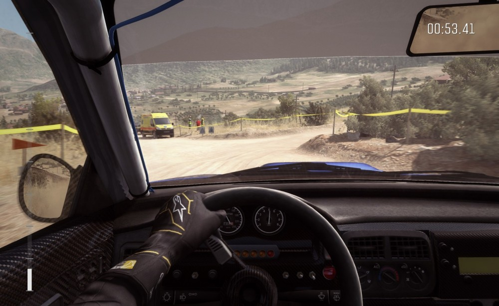 Au volant dans DiRT Rally