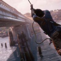 Nathan Drake à l'assaut d'un train dans Uncharted 4