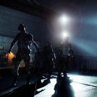 Dead Island zombies dans hangar sombre