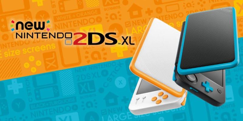 Console portable New Nintendo 2DS XL blanche et noire