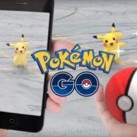 Pokémon GO pokéball et Pikachu
