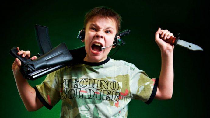 Enfant qui joue un peu trop aux jeux vidéo