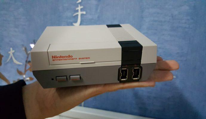 NES Mini avant