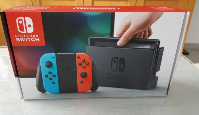 Nintendo Switch face avant
