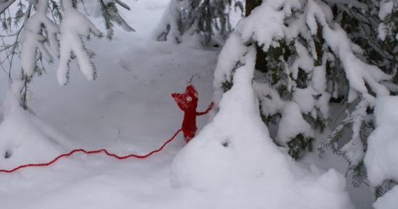 Unravel Yarny dans la neige