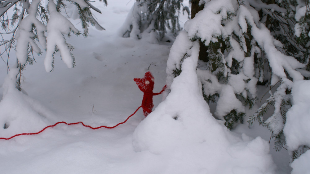 Unravel Yarny dans la neige