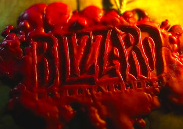 Logo Blizzard fait à la cire, pour présenter les nouvelles statuettes faites en résine.