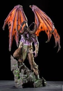 L'une des deux statuettes produits dérivés du jeu Warcraft par Blizzard : Illidan Hurlorage