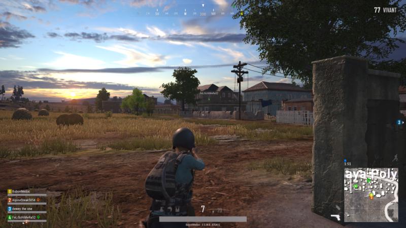PlayerUnknown's Battlegrounds soldat dans un champ