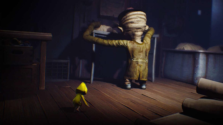 Little Nightmares - Metal Gear en parka jaune