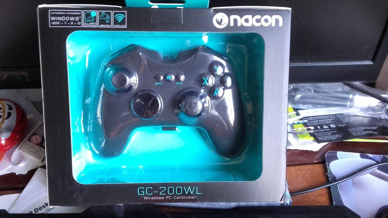 Nacon GC-200WL - boite
