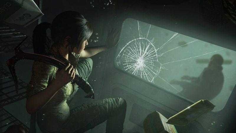 Shadow of the Tomb Raider Lara sous l'eau