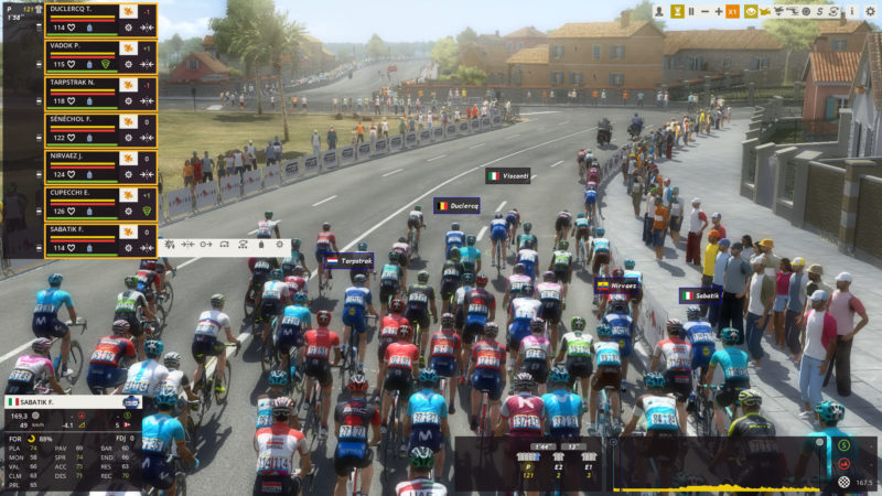 Pro Cycling Manager 2018 peloton 2