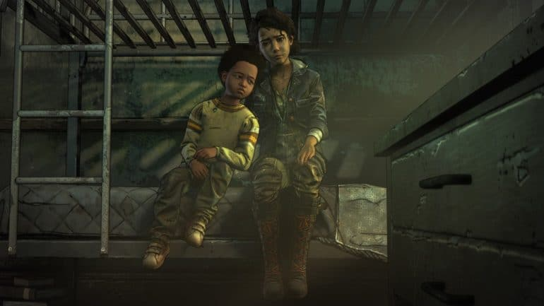 The Walking Dead l'Ultime Saison AJ et Clementine assis