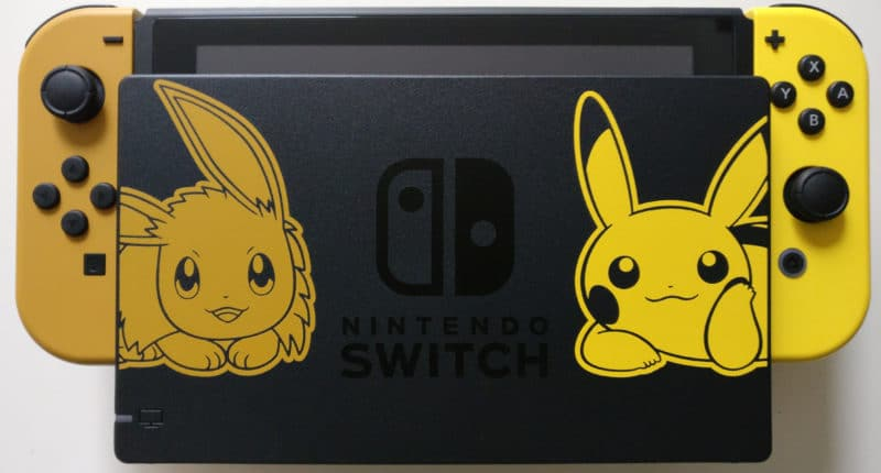 Nintendo Switch Edition Pikachu et Evoli - dock du mignon
