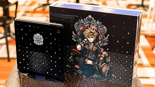 L'édition spéciale PS4 Kingdom Hearts 3 reservée au japon réalisée par Tetsuya Nomura
