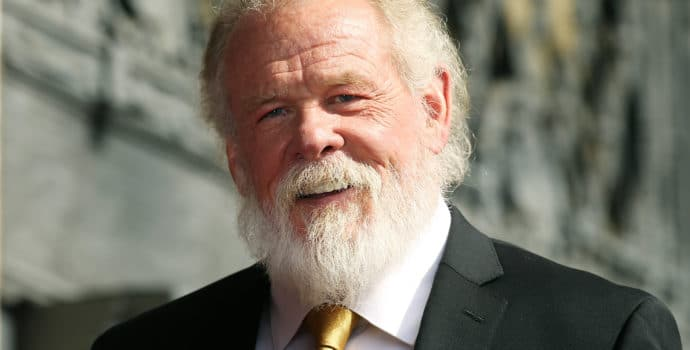 Nick Nolte l'incroyable barbu souriant