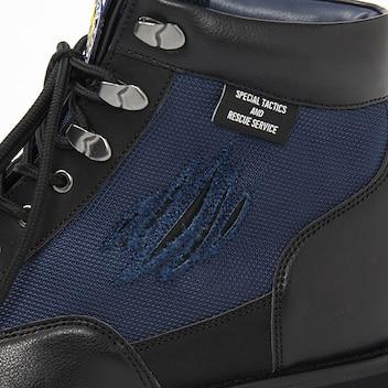 Resident Evil chaussures détails griffes