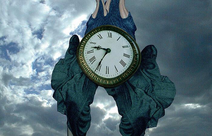 Beksinski horloge Dali